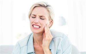 Urgent dental care and pain relief are the main goals of emergency dentistry.