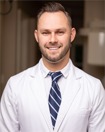 Tampa dentist Dr. Oleg Semeryk at Carrollwood Smiles