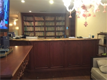 Front desk at our cosmetic dentistry in New York NY 10065
