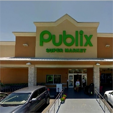 publix super market few paces to the south of marco dental care