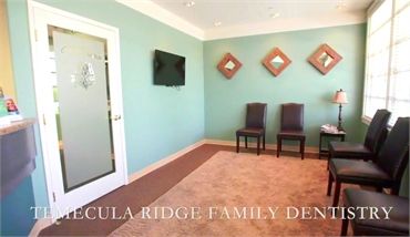 Waiting area at Temecula Ridge Dentistry is located just 2.9 miles to the north of The Foothills at