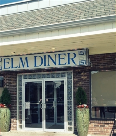 Elm Diner 4 minutes drive to the north of West Haven dental specialist Shoreline Dental Care