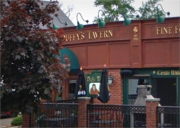 Duffy's Tavern 2 minutes drive to the south of sleep apnea specialist Shoreline Dental Care