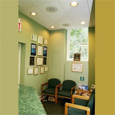 Waiting area at Hackettstown dentist Cazes Family Dentistry  LLC