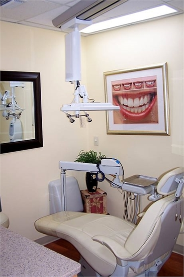 Latest technology at dentist Wellington FL Dr Steven Miller
