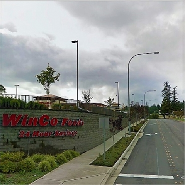 WinCo Foods 3.9 miles to the west of Current Dental Bremerton WA