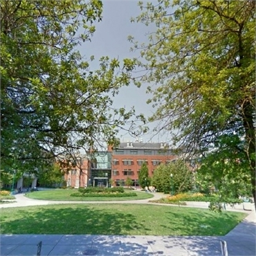 University of Oregon located just 4.4 miles to the south of Harmony Dental