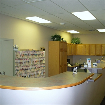 Front office at the dental clinic of Michael J Aiello DDS Clinton Township MI 48038