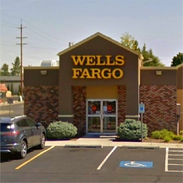 Wells Fargo Bank and ATM N Monroe St near Spokane dentist Max H. Molgard Jr DDS FACP
