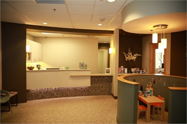 Front desk and kids booth at Renton dentist Renton Smile Dentistry
