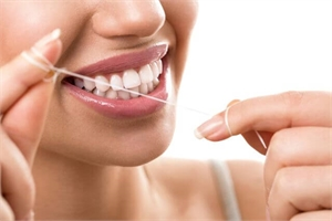 Dental floss is flexible and efficient in cleaning the interproximal (between the teeth) spaces