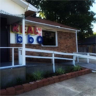 Real BBQ and More 9 minutes drive to the north of South Shreveport Dental