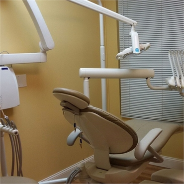 Modern technology and dental chair at Hamilton Bermuda dentist ReNew Dental Care