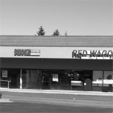 Red Wagon Burger 5.6 miles to the north of Sound to Mountain Dental Health Center Tacoma WA
