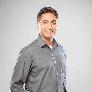 Miramar Beach dentist Dr Bibek Nakarmi of Smileology Miramar Beach