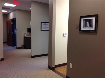 Hallway and digital x-ray machine at the office of Knoxville cosmetic dentist Robert M. Kelso DDS
