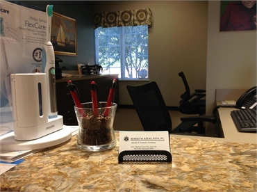 Reception center at the office of Knoxville dentist Robert M. Kelso DDS
