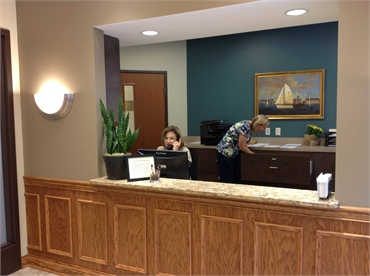 Reception area at the office of Knoxville dentist  Robert M. Kelso DDS