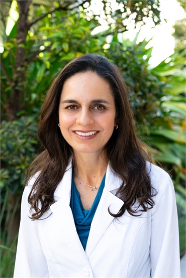 Coral Springs dentist Diana Naffah DMD of Dental Wellness Team