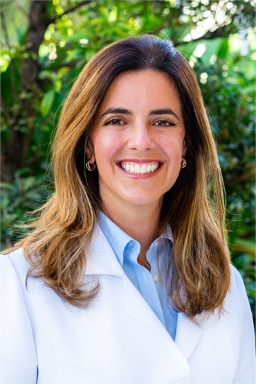 Coral Springs dentist Daysy Pinero DMD of Dental Wellness Team