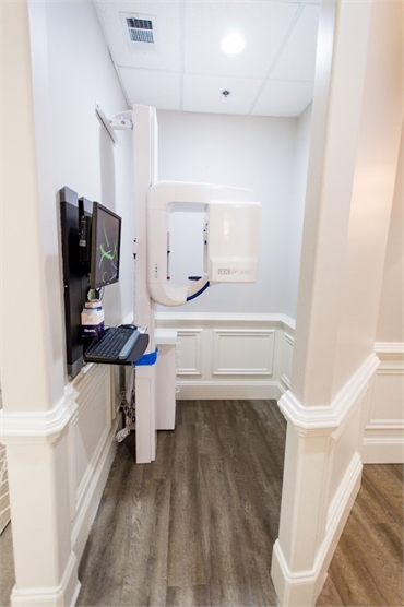 GX DP 300 panoramic x-ray system at Reich Dental Center Roswell GA