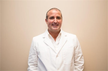 New Port Richey dentist James Annicchiarico DDS PA at A Glamorous Smile