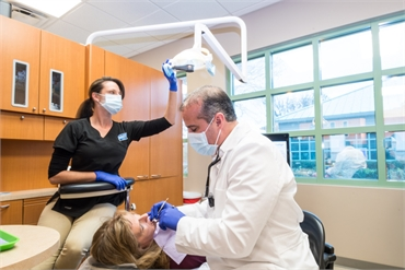 New Port Richey dentist Dr. Annicchiarico at A Glamorous Smile