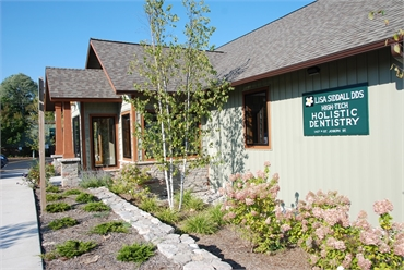 Side view of the office of Lake Leelanau dentist Dr Lisa Siddall DDS