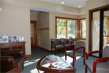 Waiting area and entrance at Traverse City and Lake Leelanau dentist Dr Lisa Siddall DDS