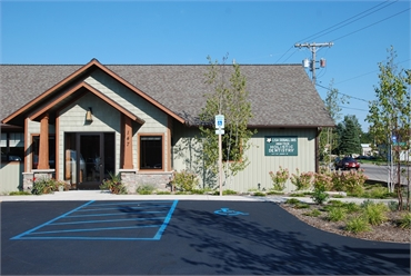 Front view of Lake Leelanau dentist Dr. Lisa Siddall DDS
