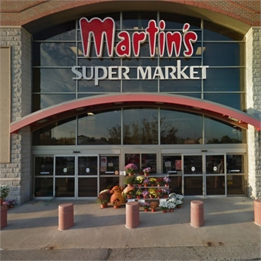 Martin's Super Market 11 minutes drive to the east of South Bend dentist Tulip Tree Dental Care