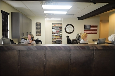 Front desk at Litchfield Park dentist Warren and Hagerman Family Dentistry