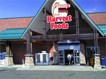 Denny's Harvest Foods or Lakes Harvest Foods few paces to the north of Medical Lake dentist Best Imp