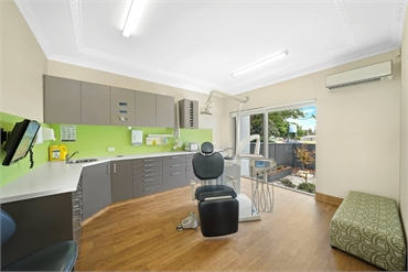 Port Macquarie Dental Centre Surgery Room1