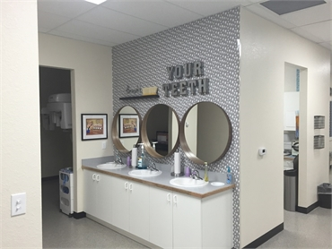 Brush teeth station at Comfort Dental Kids - Centennial