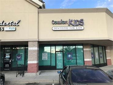 Store front Comfort Dental Kids - Thornton
