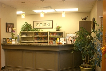 Front Office of Federal Way dentist Avalon Family Dentistry