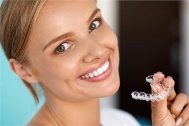 Why Invisalign is the superior choice for teeth straightening