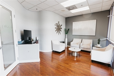 Waiting and refreshment area at Element Dental by Nicholas Pile DMD