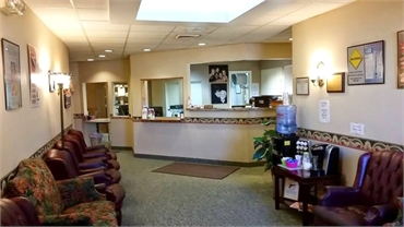 Front desk at periodontal clinic in Cleveland