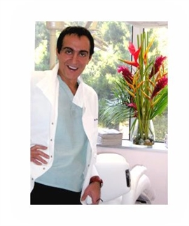 Dr Anthony Mobasser Celebrity Dentist